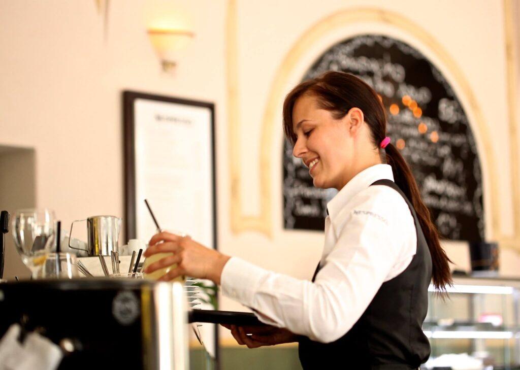 waitress, the waiter, restaurant